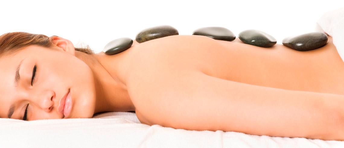 Стоун массаж (теплыми камнями)