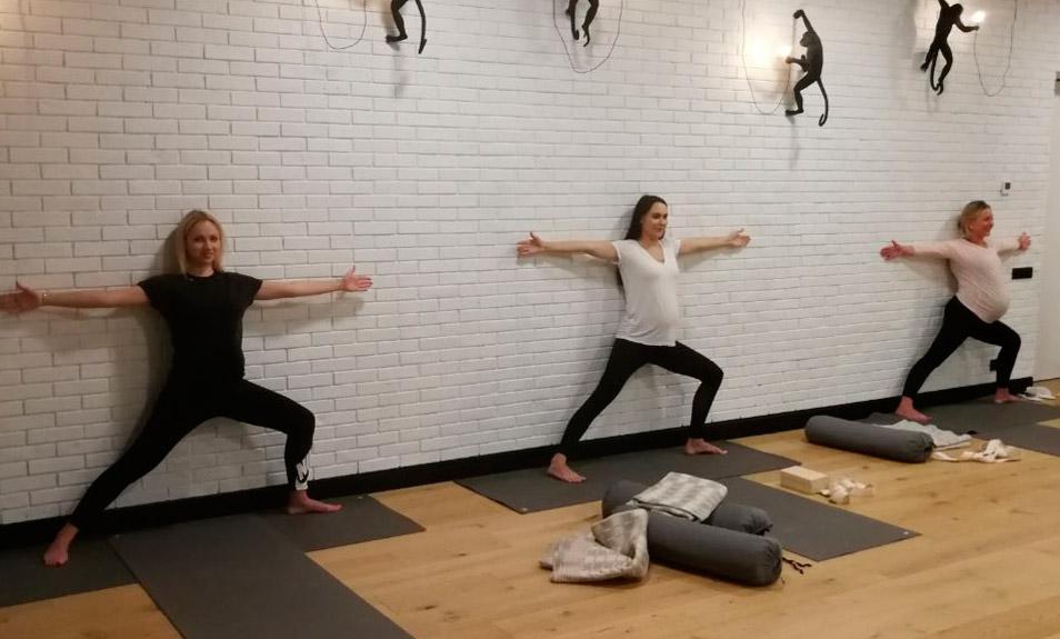 Йога для беременных - первое занятие -50%!